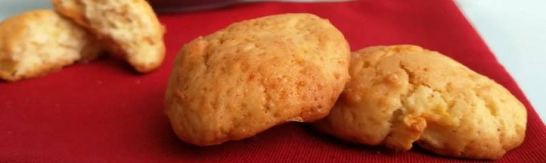 i biscotti alla mela per cani